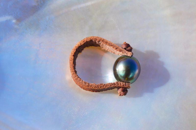 Bague avec une perle de Tahiti - 9.5mm