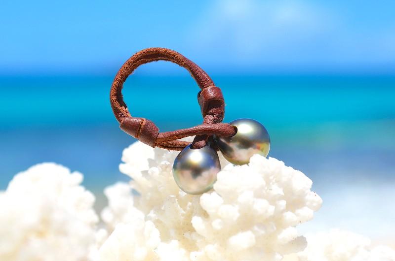 Bague toi & moi avec deux perles de Tahiti