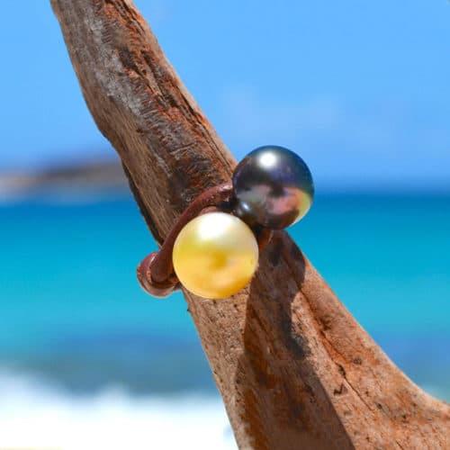 Bague toi & moi avec perles de Tahiti et d'Australie dorée