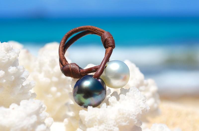 Bague toi & moi avec perles de Tahiti et d'Australie blanche