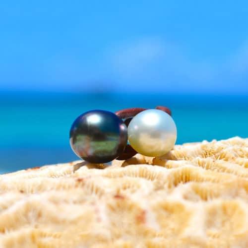 Bague toi & moi avec une perles de Tahiti et d'Australie blanche