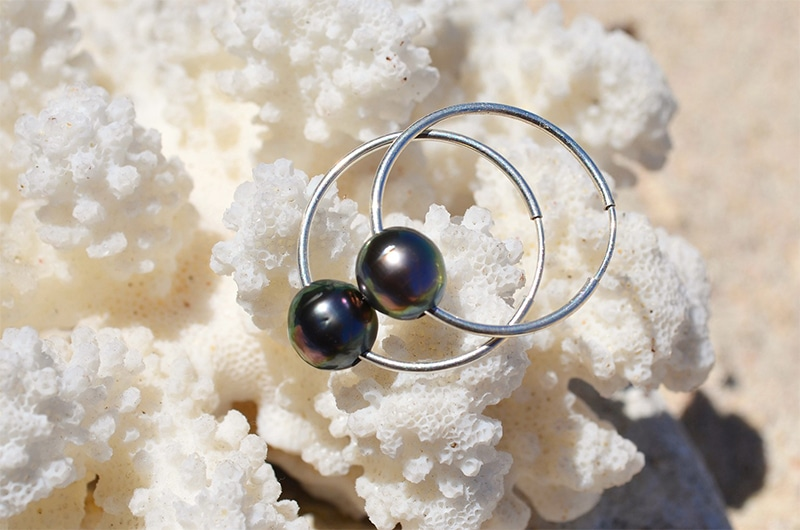Boucles d'oreilles Créoles et perles de Tahiti ronde