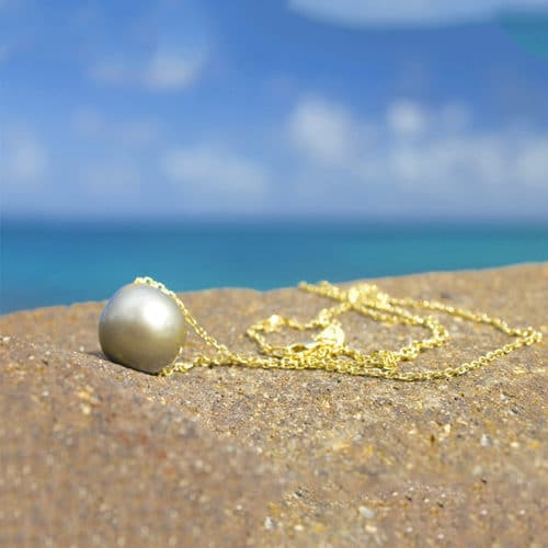 Chaîne en or et perle de Tahiti