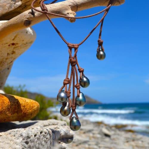 Collier grappe avec 6 perles de Tahiti