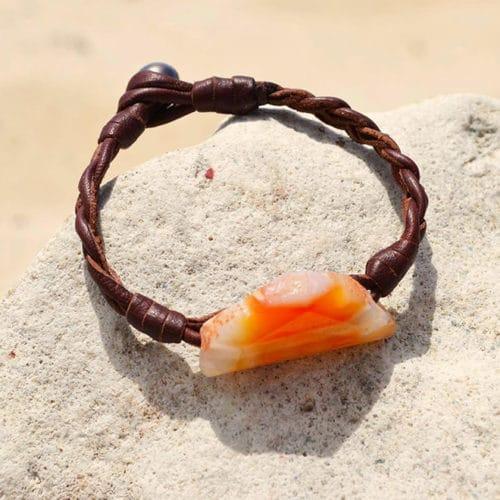 Agate bracelet and Tahitian pearl