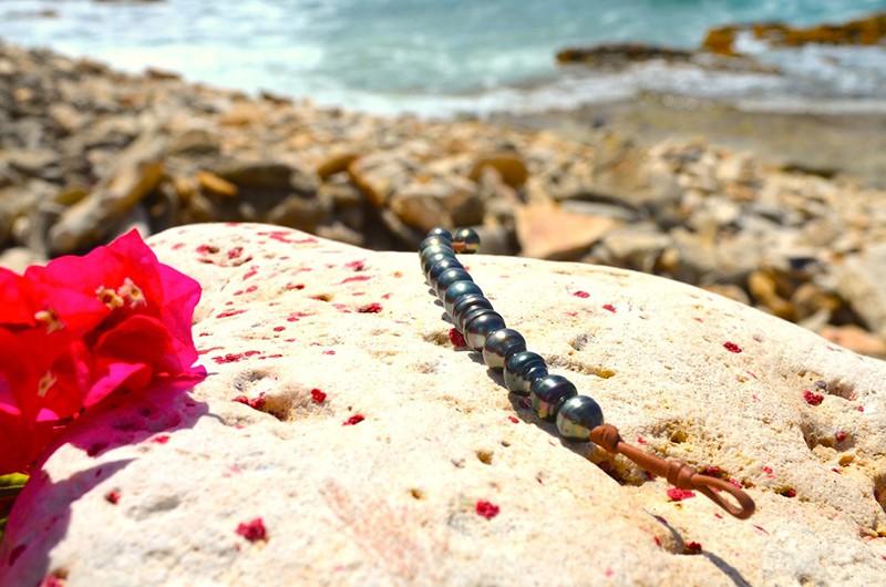Bracelet 1 row of 12 Tahitian pearls (10mm)