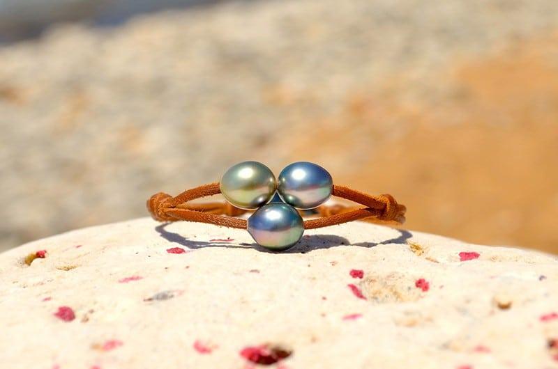 Bracelet 2 rangs 3 perles semi-baroques de Tahiti