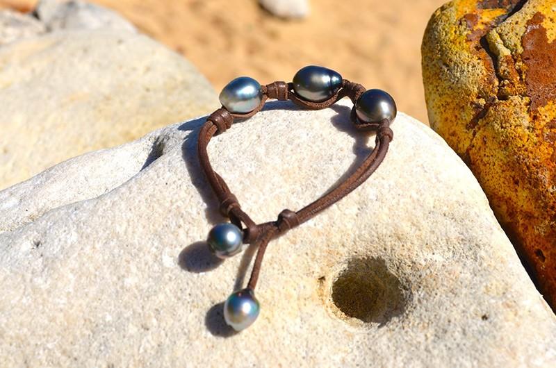 Bracelet 3 perles de Tahiti nœuds - 11.5mm