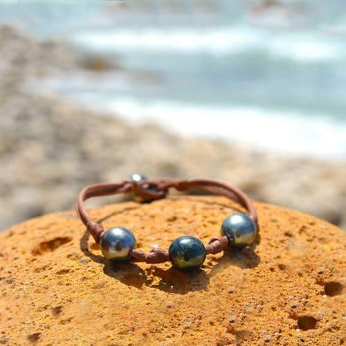 Bracelet 3 perles de Tahiti nœuds - 9.5mm