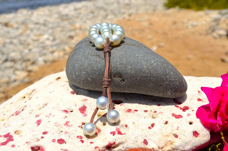 Bracelet 3 rows 20 Australian Pearls