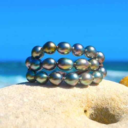 Bracelet 3 rows 20 semi-baroque Tahitian Pearls