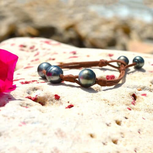 Bracelet 3 Tahitian Pearls and Bows (11mm)