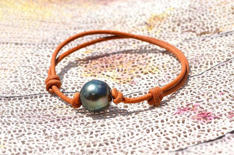 Bracelet ajustable cuir perle de Tahiti - 13mm