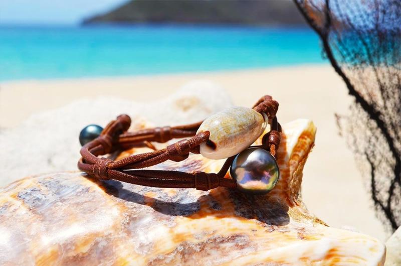 Bracelet perles de Tahiti et coquillage