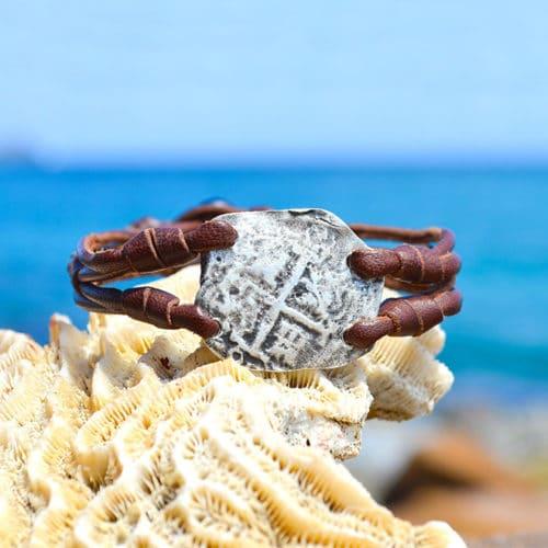 Bracelet pièce de -pirate 4 réaux