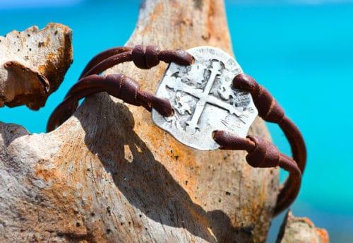 Bracelet pièce de pirate