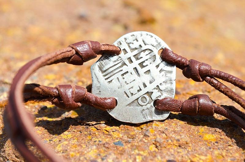 Bracelet pièce de pirate 2 réaux