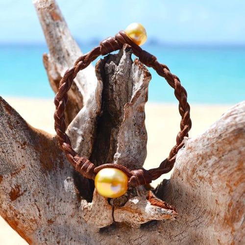 Braided bracelet 1 Australian Pearl