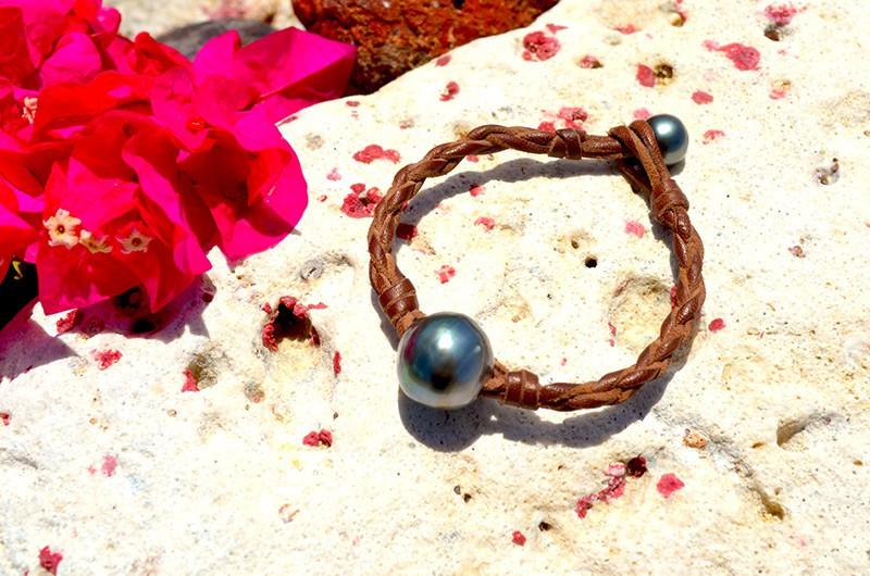 Braided bracelet 1 baroque Tahitian Pearl