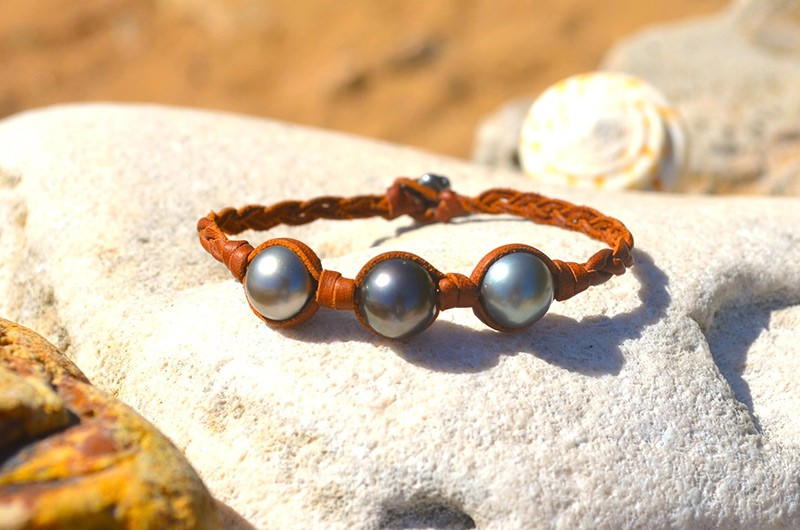 Braided bracelet 3 Tahitian pearls