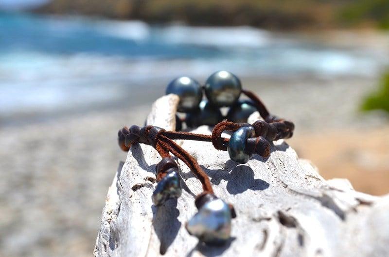 Braided bracelet 7 Tahitian pearls