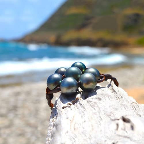 Braided bracelet 7 Tahitian pearls