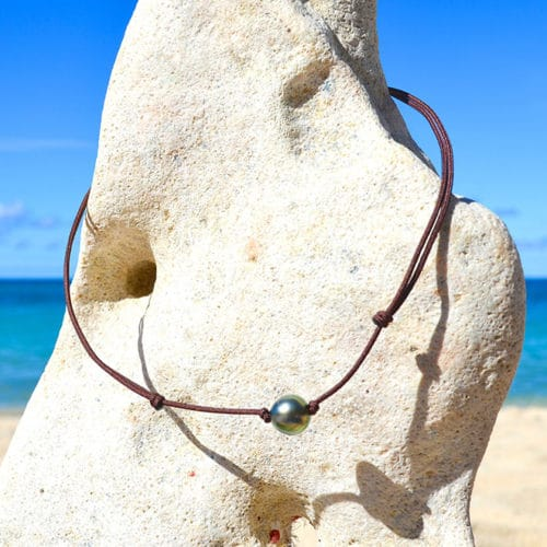 Chocker Necklace 1 semi-round Tahitian Pearl (10mm)