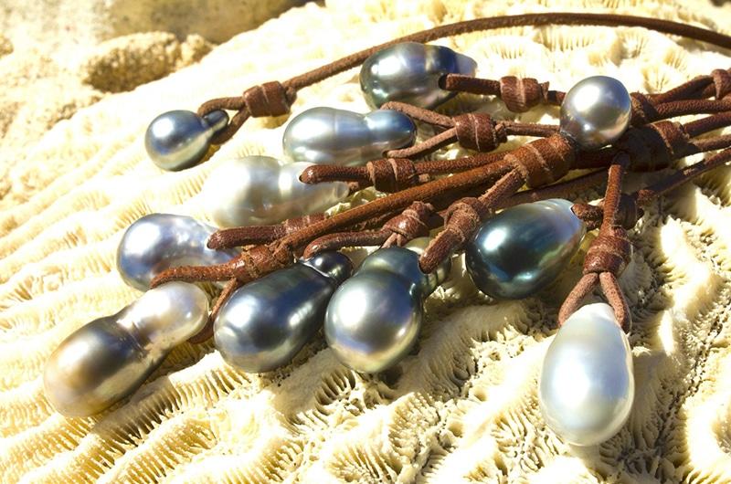 Collier grappe 11 perles de Tahiti baroques