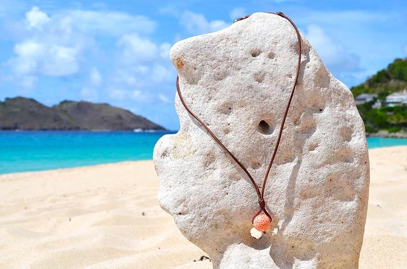 Collier pendentif perles corail et perle de Tahiti