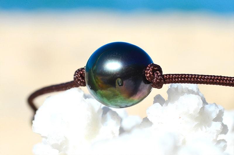 Collier ras du cou perle semi-ronde de Tahiti 10.5mm