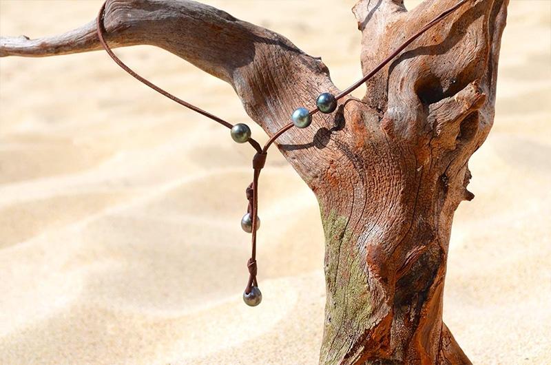 Collier sautoir 5 perles de Tahiti