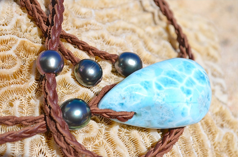 Collier en cuir tressé et pierre Larimar - Kalinas Perles