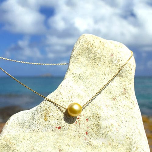 Gold Necklace and Golden Australian Pearl