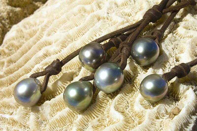 Grape Necklace 5 Tahitian Pearls (10,5mm)
