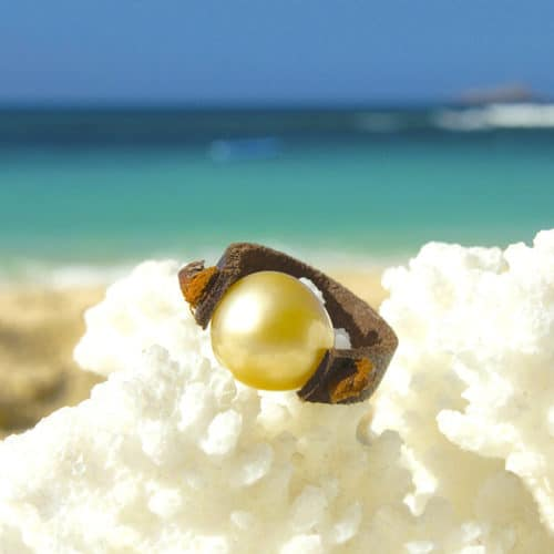 Leather ring 1 Australian pearl - 9mm