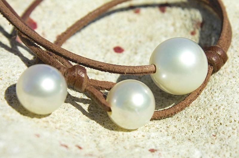 Sautoir 3 perles d'Australie blanches