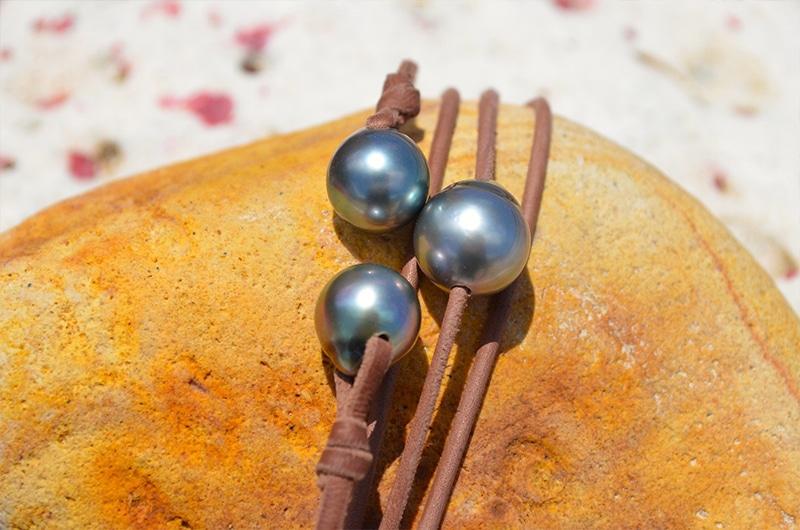Sautoir 3 perles de Tahiti semi baroque - 12mm