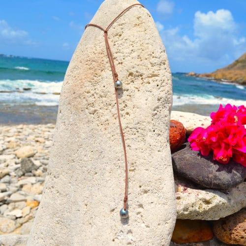 Sautoir 3 perles de Tahiti semi-baroques
