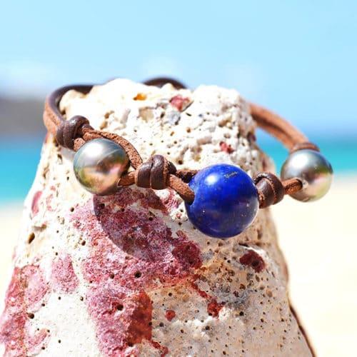 Tahitian pearl and Lapis Lazuli bracelet