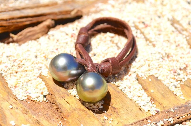 You & me ring 2 Tahitian pearls