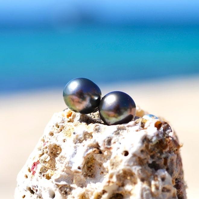 Clous d'oreilles argent perles de Tahiti