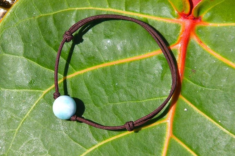 Bracelet ajustable une perle de Larimar (10mm)